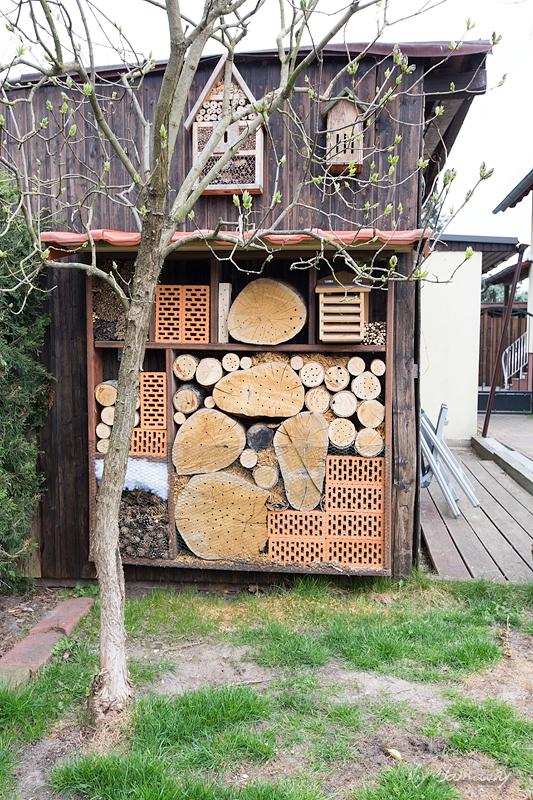 insektenhotel stand sams blog. Black Bedroom Furniture Sets. Home Design Ideas