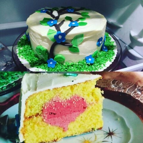 Ein Kuchen für Omas Geburtstagsgäste